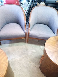 Set of 2 accent chairs