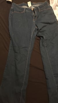 gray denim straight cut jeans Dumfries, 22026