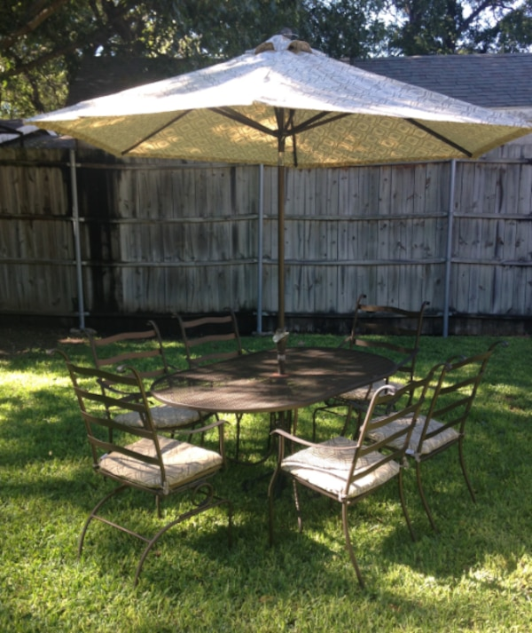 Begagnad Plantation Patterns Wrought Iron 15 Piece Outdoor Dining Set Till Salu I Dallas Letgo