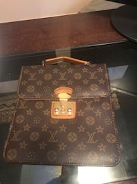 Brown Louis Vuitton leather tote bag Lithonia, 30058