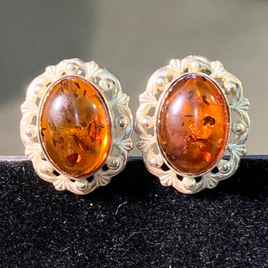 Antique Sterling Silver Baltic Amber Earrings f2063826-c198-4c88-8cc1-f7539a190366