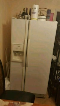 Whirlpool Side by Side Refrigerator  Woodbridge, 22193