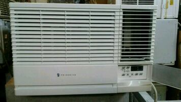 AC HEAT and Cool 220v. 12,000 btus