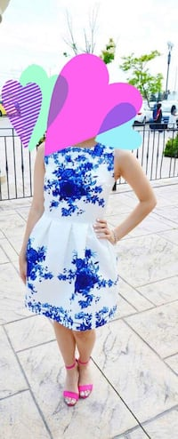 white and blue floral sleeveless dress Mississauga, L5E 2M2