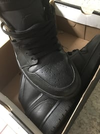 pair of black Nike low-top sneakers Rockville, 20850