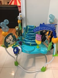 baby's blue and white jumperoo Richmond Hill, L4E 3K4