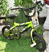 Boys 12 Inch Avigo Free 4 All Bike features a gusseted reinforced frame, a front peg set, an alloy quick adjust seat pin, and a sturdy four bolt system. Whether they want to learn the coolest tricks or just like to ride their bike around, chain guard and Bristol, 19007