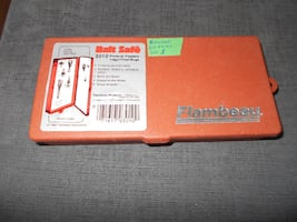 Fly Fishing box with 60 flies