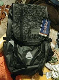 Jansport backpack Los Angeles, 90004