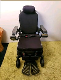 Quickie Pulse Electric Wheelchair R-Net controller Only 2 Miles!