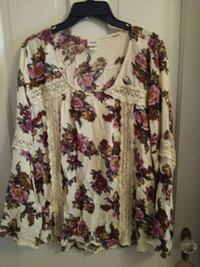 daytrip boho blouse Hagerstown, 21740