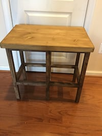 Rustic Wooden Counter Bench Excellent condition Broadlands, 20148