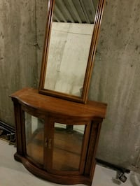 Solid wood console and mirror $58.50 obo Newmarket, L3Y