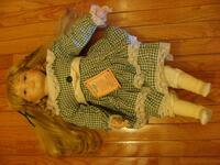 VANESSA LARGE FINE PORCELAIN DOLL (CRY BABY) Richmond Hill
