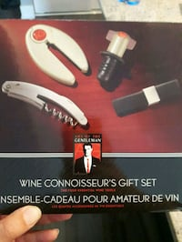Wine accessory set Ottawa, K1Y 3A2