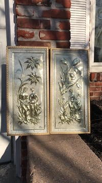 Two framed painting sculpture of women Feasterville Trevose, 19053