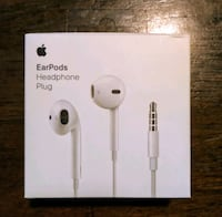 Genuine New Apple Headphones (Headphones plug)  Arlington