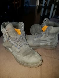 Charcoal Gray Timberlands 719 km