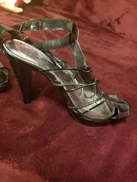 Ladies size 8 sandals Edmonton, T5C 1Z4