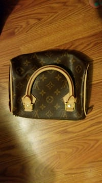 Authentic LV purse Fairfax, 22032