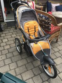 Jogging stroller made by Jeep. Great shape Haverhill, 01830