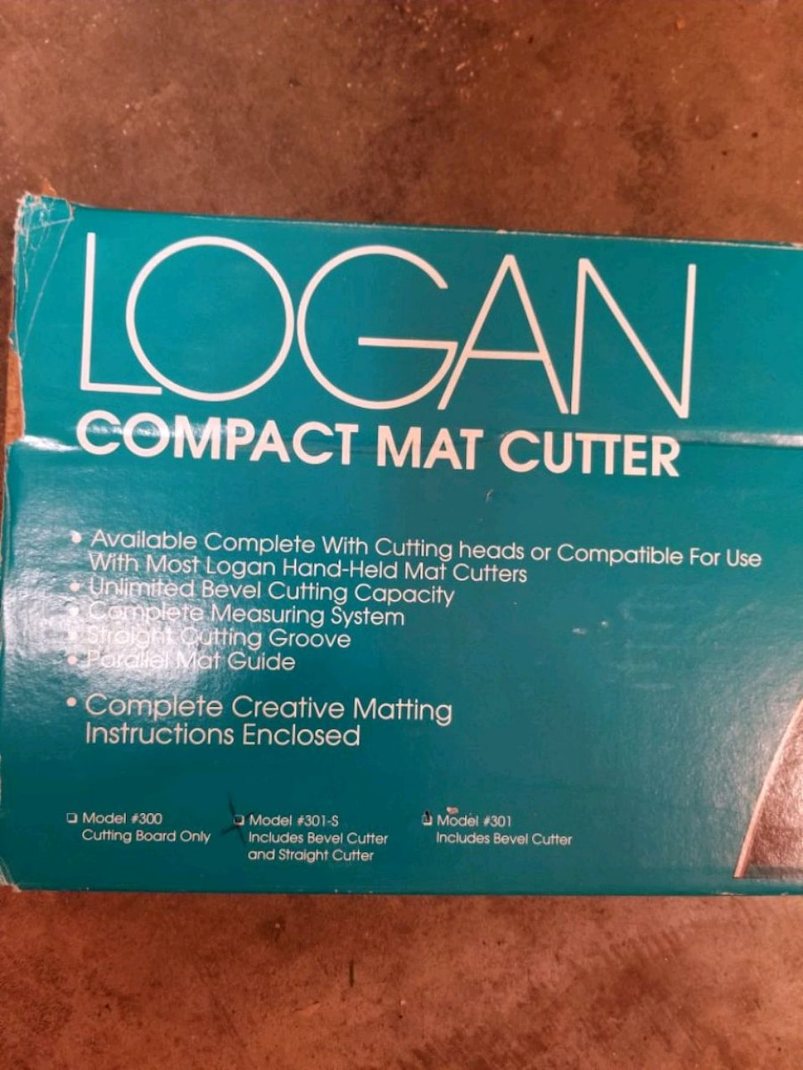 Photo Logan compact mat cutter 301- S