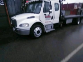 Busy towing business Çhilliwack / Abbottsford contracts omly250000$