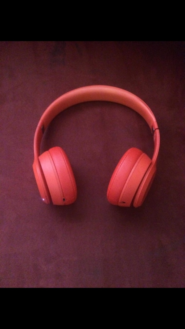 Red beats wireless3 NEW CONDITION