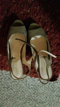pair of brown leather flats Greenbelt, 20770