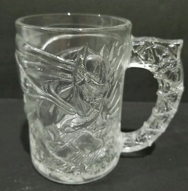 McDonald's Batman Forver 1995 glass/mug set 4daf4906-052d-4426-937e-acb7e6370d19