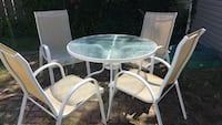 Patio table & 4 chairs Lakewood, 44107