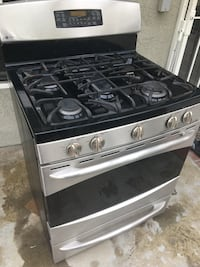 black and gray gas range oven Buena Park, 90620