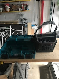 SELLING TOOL CASE AND TOOL BAG! Toronto, M6E 1T1