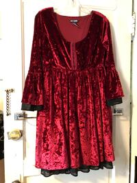 Red Hot Topic Dress South Bend, 46601