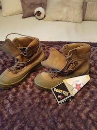 Size 9 Gore-Tex brand new boots.
