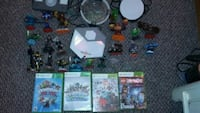 assorted Nintendo Wii game cases Mountain Top, 18707