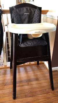 white and black high chair Martinsburg, 25401
