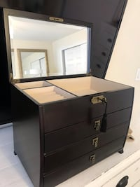 Black wooden jewelry box with mirror