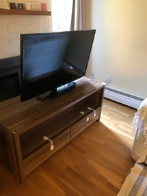 Tv Table with 2 drawers