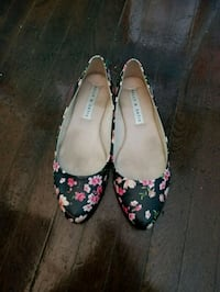 pair of black-and-pink floral flats Havertown, 19083