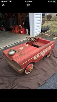 Red Fire Chief Pedal Car Lancaster, 17602