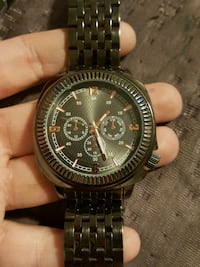 round black chronograph watch with link bracelet Rossville, 30741