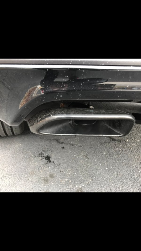 Cat back exhaust system 2,500 miles on it off a 2018 Jeep Grand Cherokee High Altitude 5.7 Hemi. 1