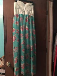 Sundress Houston, 77009