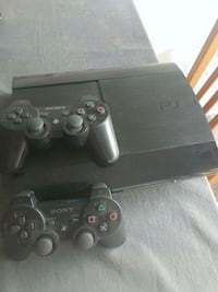 PS3 superslim 500gb console with 2 controllers