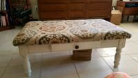 Coffee table/ ottoman Fort Myers, 33901