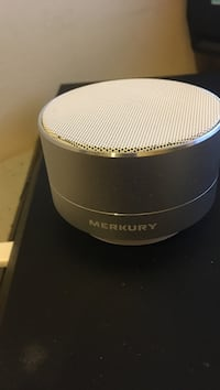 Bluetooth Speaker, brand new w/ charger
