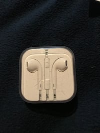 Apple EarPods Longueuil, J3Y 5K2
