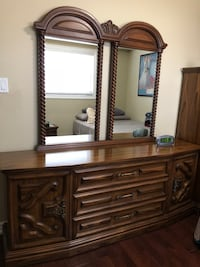Italian solid wood dresser with 2 mirrors Toronto, M4N 1T7