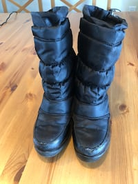 Cougar Youth Girl Winter Boots -Size 2 501 km